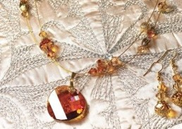 Bead Supplies Australia - quality crystal and beading supplies